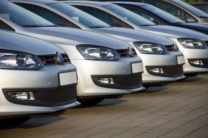 Neues Verwaltungsschreiben zur Behandlung der Kostenbeteiligung bei Dienstwagen by Capsivera Steuerberater