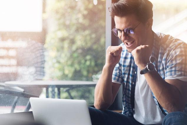 Achtung Kleinunternehmer! Höhere Grenze für Umsatzsteuerfreiheit zum Jahreswechsel by CAPSIVERA Steuerberater | Unternehmensberater